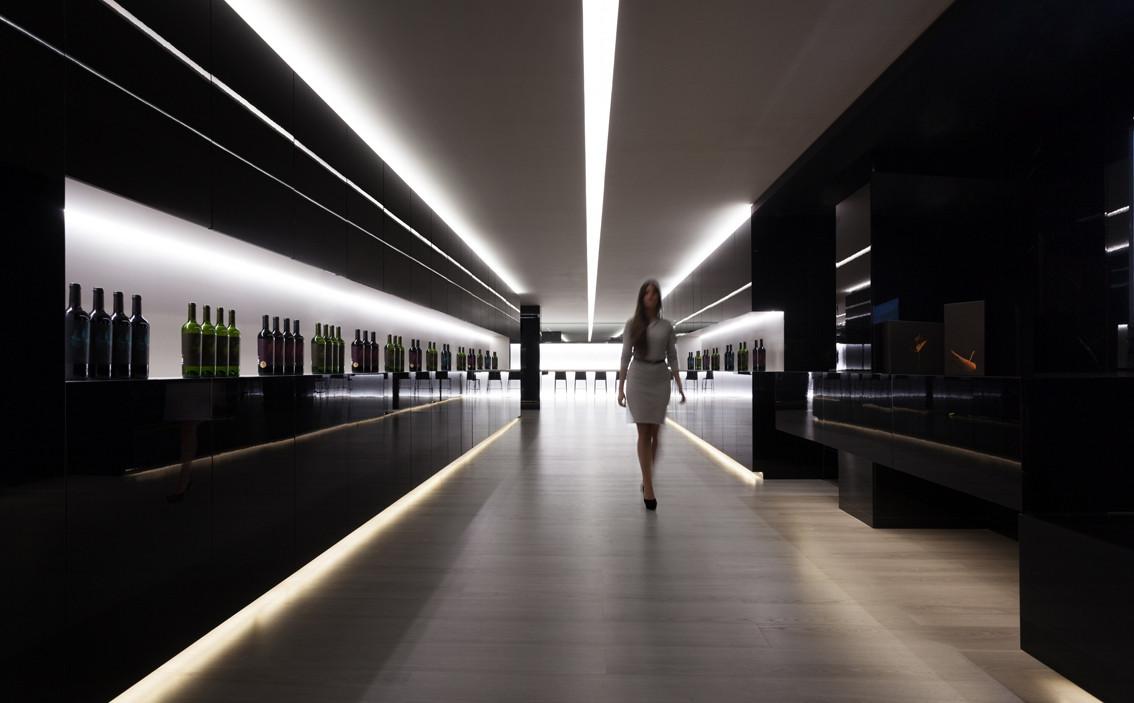 Fran Silvestre - Vegamar Selección Wine Shop